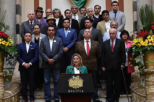 "Ministro de Justicia insta a exministros de Áñez a declarar si ""han sido cómplices o víctimas de Murillo"""
