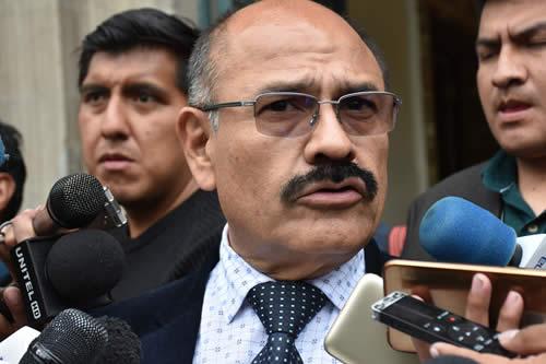 """Cruz: Filtros aeroportuarios y acciones de prevención evitarán ingreso del """"coronavirus"""" al país"""