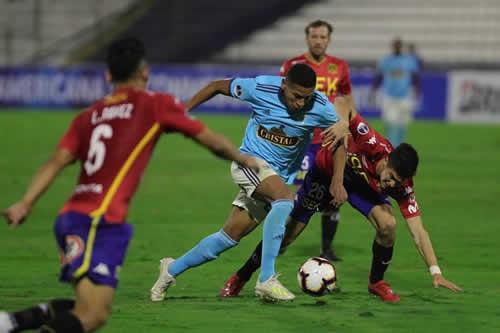 Sporting Cristal le repite la dosis a Unión Española y avanza a octavos