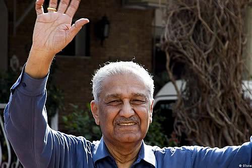 Muere Abdul Qadir Khan, padre de la bomba atómica de Pakistán