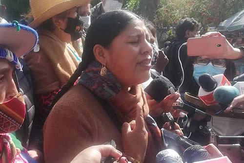 Interculturales ratifican pedido de renuncia de Lima y Del Castillo