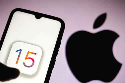Apple lanza las nuevas versiones de sus sistemas operativos iOS 15, iPadOS y watchOS 8: ¿qué novedades tienen?