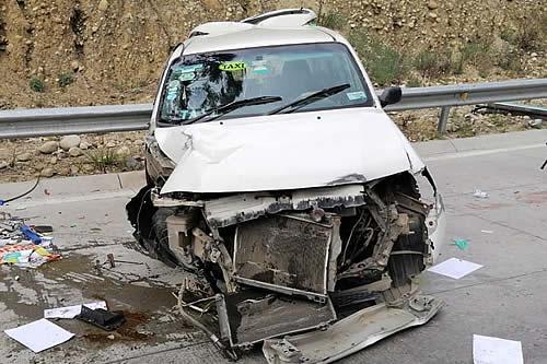 Conductor sufre desmembramiento de un brazo en accidente en la Autopista La Paz-El Alto