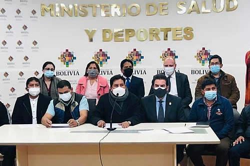 El Gobierno y alcaldes definen mecanismos para facilitar la adquisición de vacunas