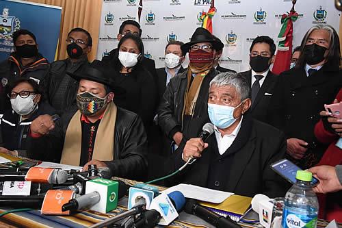 COED La Paz pide reunión con Arce, una planta de oxígeno y ratifica otras restricciones