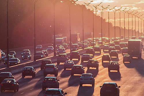 Los ruidos del tráfico podrían aumentar el riesgo de padecer demencia