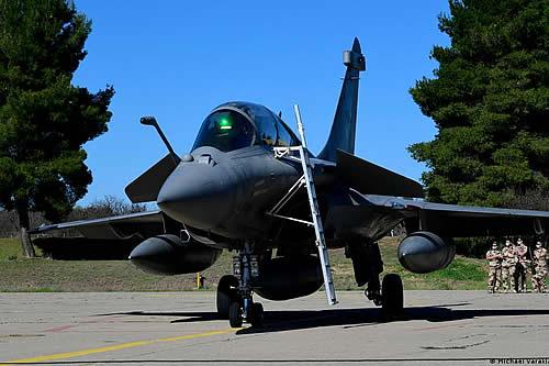 Egipto compra a Francia 30 aviones de caza