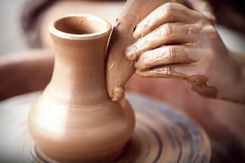 Un encuentro en La Paz busca rescatar las técnicas ancestrales en cerámica