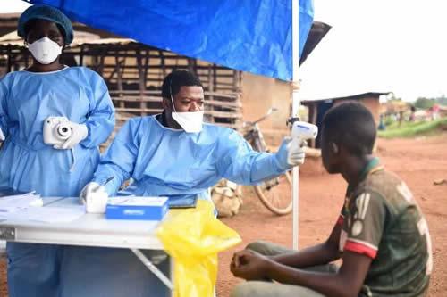 Ya son 900 contagiados y 565 muertos por ébola en el noreste de RD del Congo