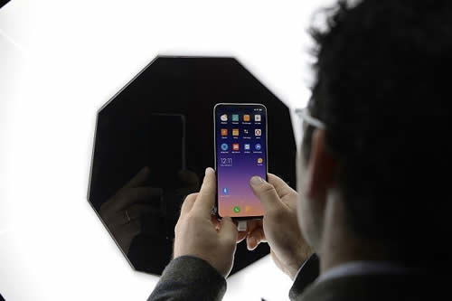 El Mi 9 de Xiaomi se convierte en el 'smartphone' más económico para jugar Fortnite a la máxima velocidad de cuadros