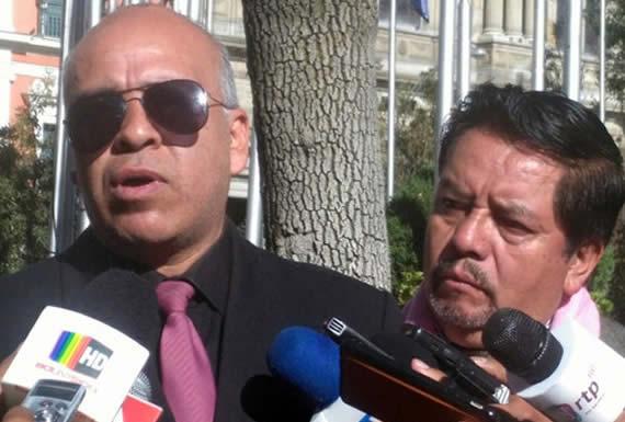 Acción de amparo lleva al TSE al banquillo del acusado
