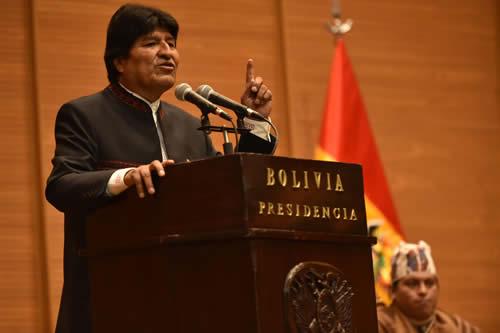 Senado de EE.UU. pide a Evo Morales respetar límites de mandato presidencial