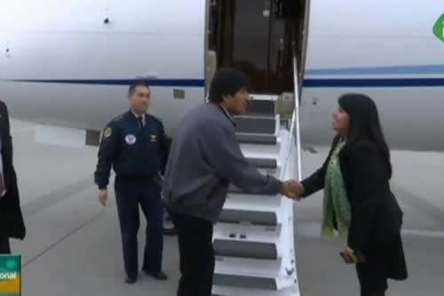 Morales viaja rumbo a Atenas tras cumplir agenda oficial en Viena