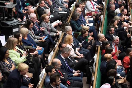 El Parlamento británico rechaza la celebración de un segundo referéndum para el Brexit