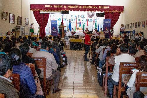 Educación fortalecerá Escuelas de Formación de Maestros con infraestructura y servicio de internet
