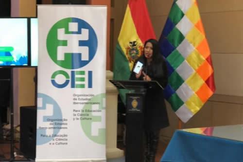 """Presentan aplicación móvil """"Lenguas de Bolivia"""" para facilitar el aprendizaje de idiomas originarios"""
