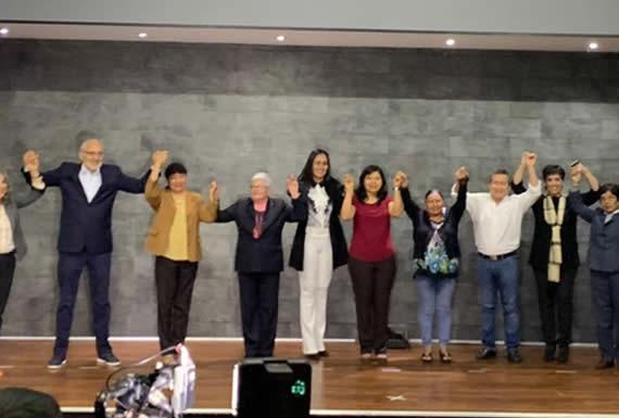 Mesa presenta sus candidatas a primeras senadoras