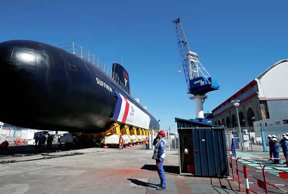"""""""Silencioso como un camarón"""": Francia presenta su nuevo submarino nuclear de la clase Barracuda"""
