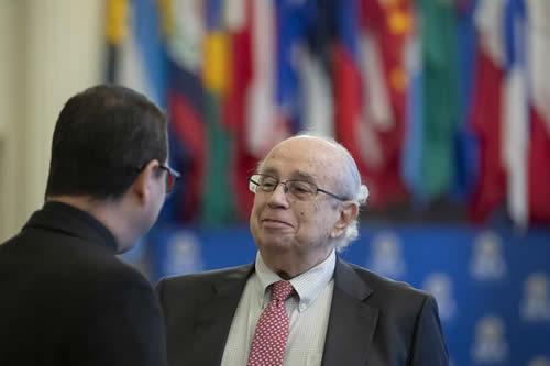 El enviado de Guaidó ocupa por primera vez el asiento de Venezuela en la OEA