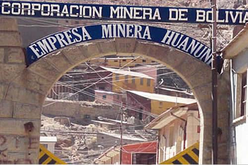 Aprehende a tres ladrones de mineral en la mina Huanuni de Oruro