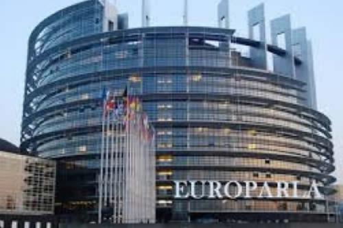 Europarlamentarios aplauden reducción de extrema pobreza y políticas sociales de Bolivia