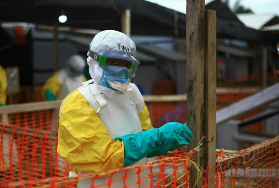 Cientos de millones de dólares son necesarios para detener el ébola en la República Democrática del Congo