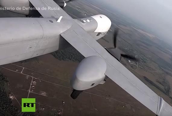 Rusia muestra en acción su dron pesado de ataque capaz de estar en el aire más de 24 horas