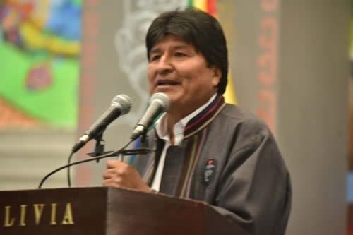 Morales instruye actuar con todo el peso de la ley con policías que tengan algún vínculo con el narcotráfico