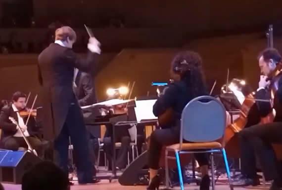 Banda rusa interpreta una famosa canción de Metallica en respuesta al homenaje del grupo estadounidense al legendario Víktor Tsoi