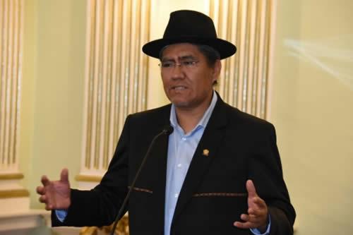 Canciller viajará en mayo a Asunción para coordinar reunión de gabinete binacional