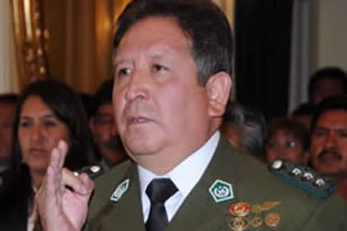 Excomandante revela cómo políticos direccionaban designaciones policiales