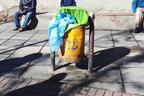 Hallan el cadáver de un recién nacido al interior de un basurero en la Ceja de El Alto
