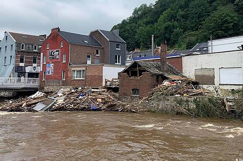 Bélgica se sume en un día del luto oficial por las víctimas de inundaciones
