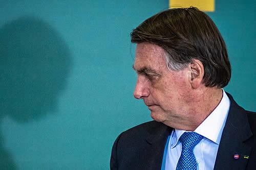 La comisión que investiga la gestión de la pandemia en Brasil presentará al menos 11 delitos para imputar a Bolsonaro