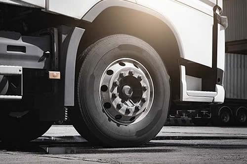 Un niño de nueve años fallece por impacto de un camión de Emaverde