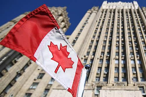 """Rusia incluye a nueve ciudadanos de Canadá en una lista negra por """"la formación y realización de un curso antirruso"""""""