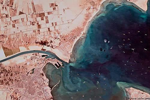 Fin del atasco en el canal de Suez