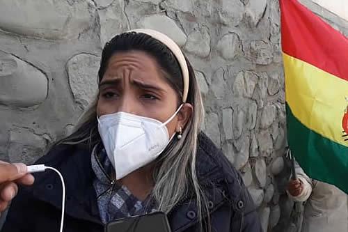 Hija de Jeanine Añez impulsa recolección de firmas para pedir liberación de su madre