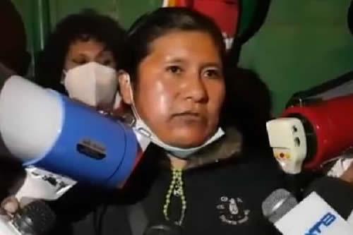 Sargento de Policía Cecilia Calani insiste que hay persecución en su contra por parte del Gobierno