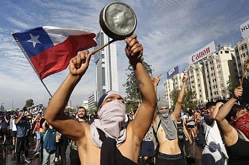 Continúan protestas contra el gobierno de Piñera en Chile