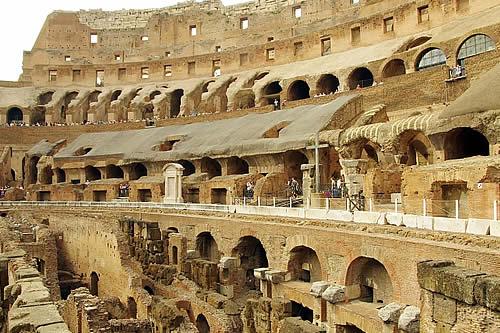 """Nuevo escenario en el Coliseo de Roma dará a los visitantes """"la vista del gladiador"""""""