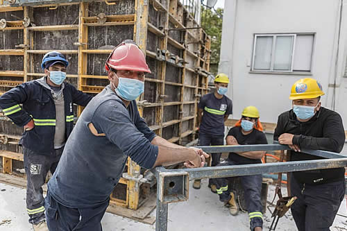 Ministerio de Trabajo determina tolerancia para trabajadores de la construcción el lunes