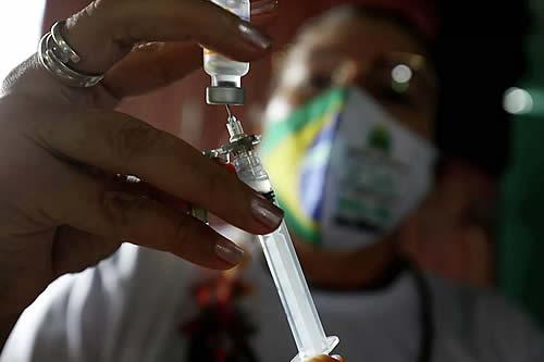 Brasil supera los 50 millones de dosis aplicadas de vacunas contra el COVID-19