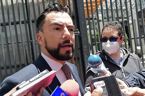 Viceministro saliente denuncia amenaza en el Ministerio de Educación
