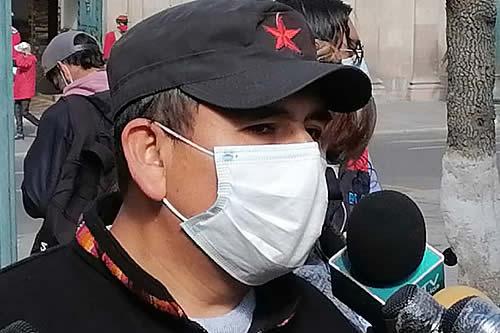 Diputado del MAS llama 'pequeño matoncito' a Camacho y le advierte con proceso penal por tema tierras