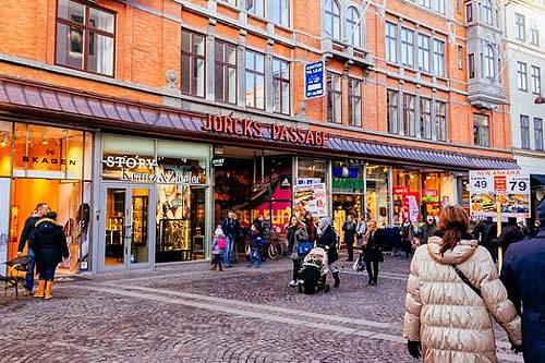 En Dinamarca, levantan todas las restricciones contra el COVID-19