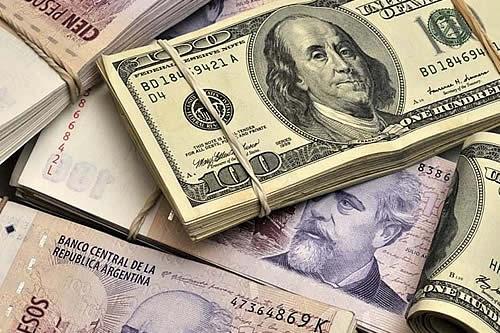 Cumbre Iberoamericana aprueba propuesta de Bolivia sobre alivio a la deuda externa