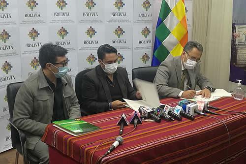 Easba y Delizia firman contrato para la provisión de 120.000 qq de azúcar por Bs 15,4 millones