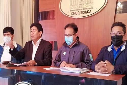 Gobierno invierte Bs 27,34 millones para proveer 440 litros por segundo de agua potable a habitantes de Sucre