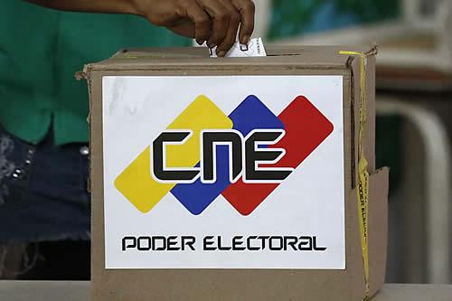 Venezuela realiza un simulacro de votación para las elecciones regionales y municipales